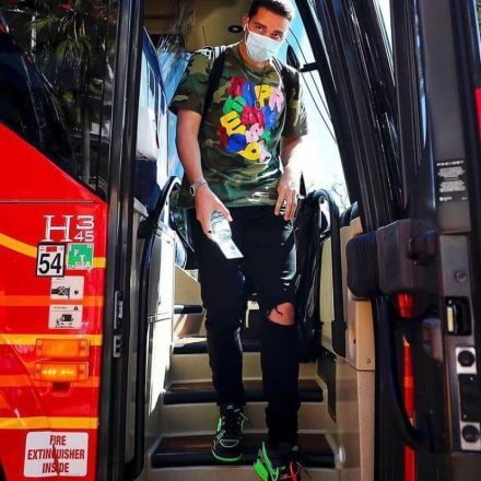 padres-blake-snell-arrives-in-style