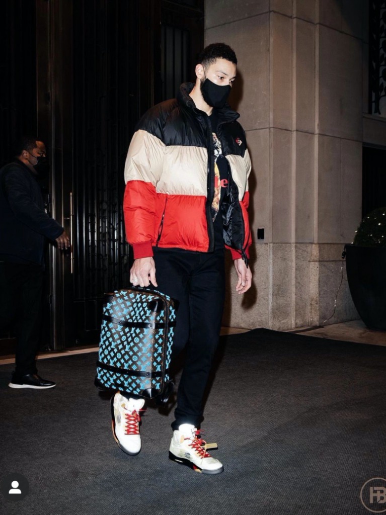 ben-simmons-arrives-in-ny-to-face-the-nets