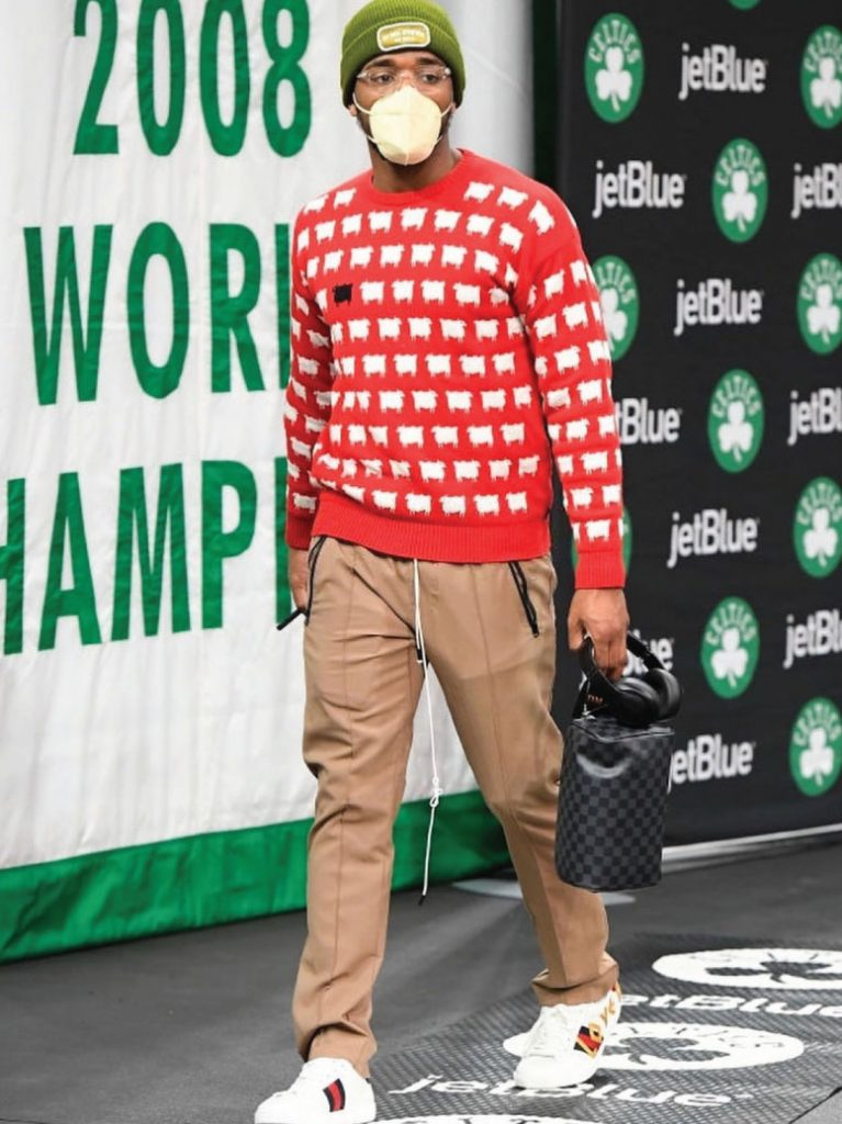 donovan-mitchell-in-the-rowing-blazers-diana-sweater-03-16-21