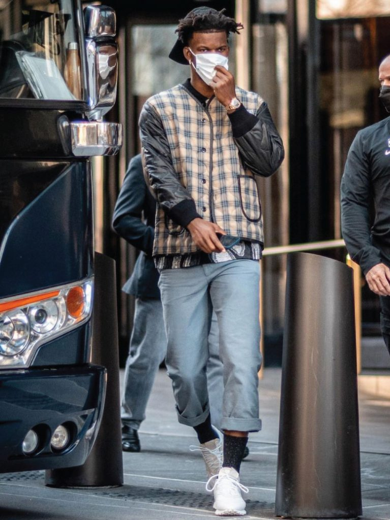jimmy-butler-arriving-for-knicks-x-heat-game-03-29-21