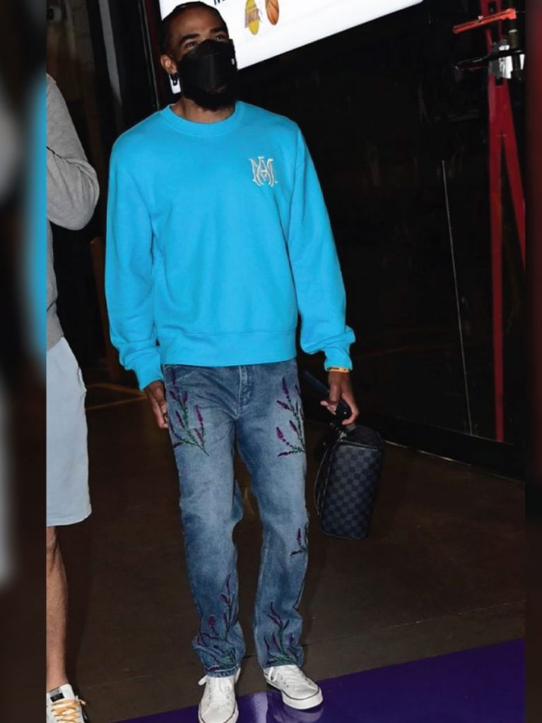 mike-conley-arriving-for-jazz-vs-lakers-game-04-19-21