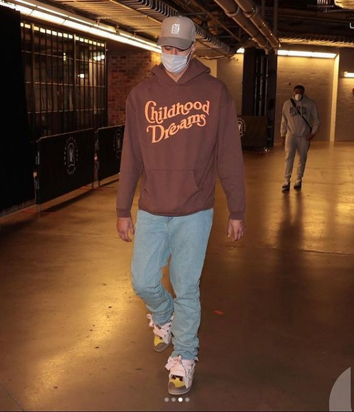kyle-kuzma-arrives-styling-childhood-dreams-vale-lives-and-lanvin-sneakers-04-22-21