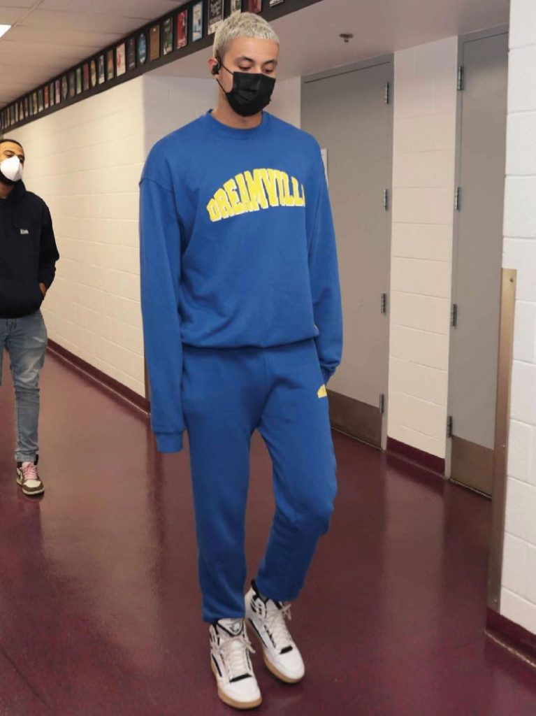 kyle-kuzma-arrives-for-lakers-vs-wizards-4-28-21
