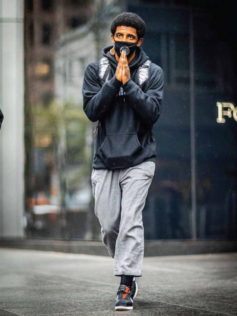 kyrie-irving-simple-fit-04-14-21