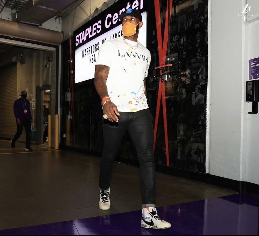 lebron-james-rocking-personalized-virgil-abloh-off-white-blazers-before-the-play-in-game-vs-golden-state-05-19-21