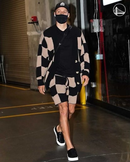 stephen-curry-styling-unreleased-keiser-clark-before-play-in-game-vs-lakers-05-19-21