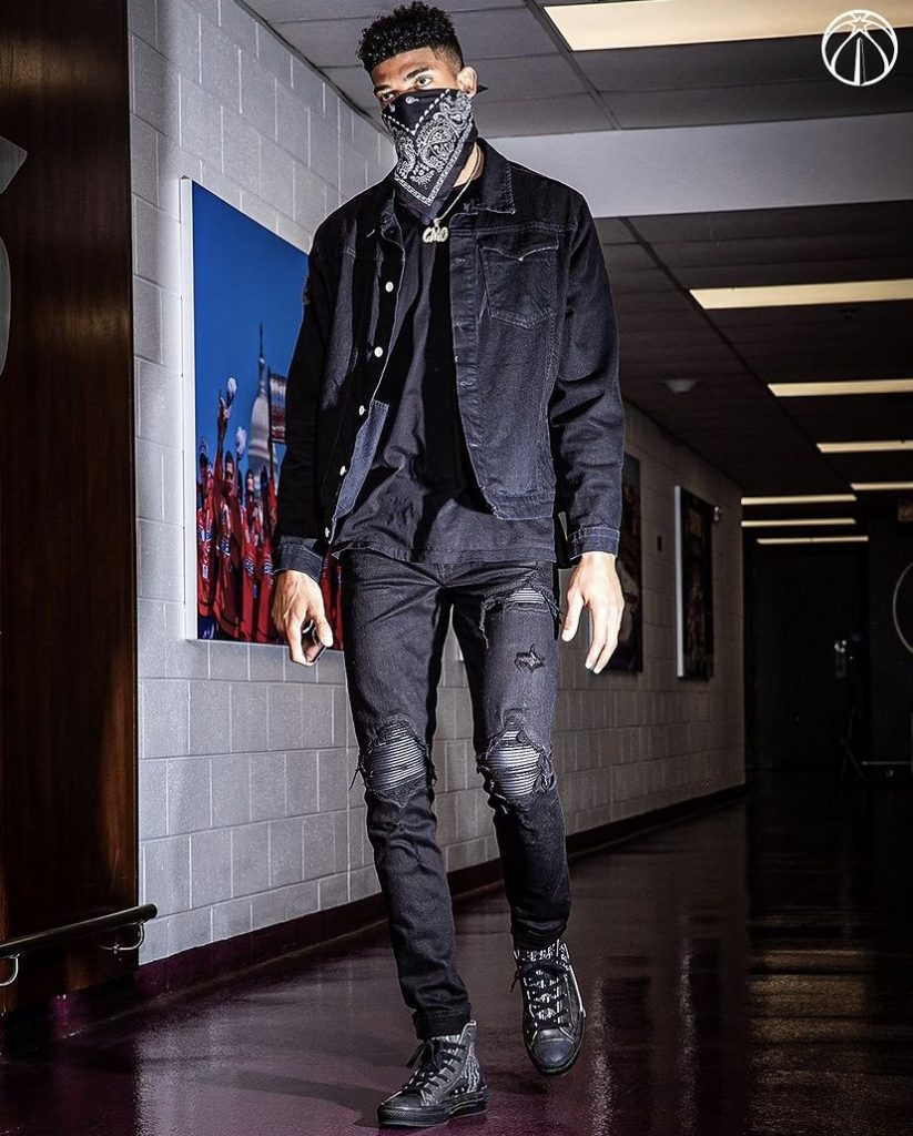 chandler-hutchison-arrives-in-dior-before-play-in-game-vs-indiana-05-20-21