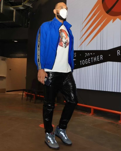 jared-dudley-arrives-in-vetements-and-valentino-05-25-21