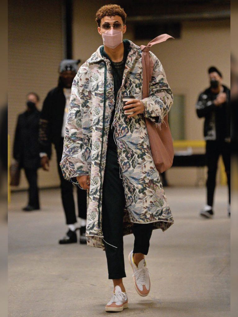 kyle-kuzma-in-custom-jacket-by-the-incorporated-01-27-21