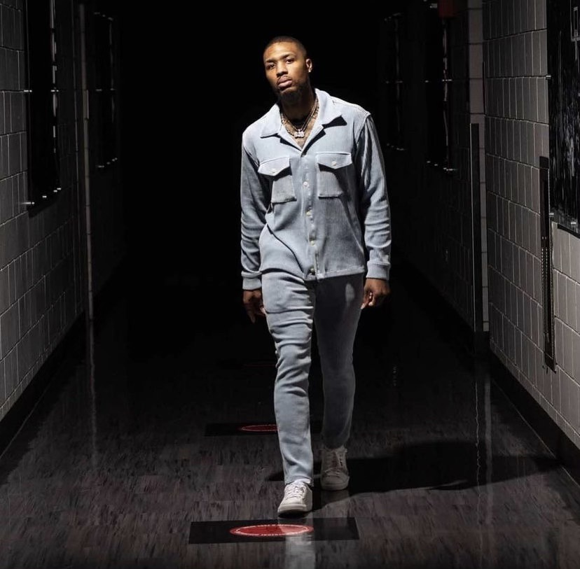 damian-lillard-arrives-in-christos-sky-lux-set-before-game-6-vs-nuggets-06-03-21