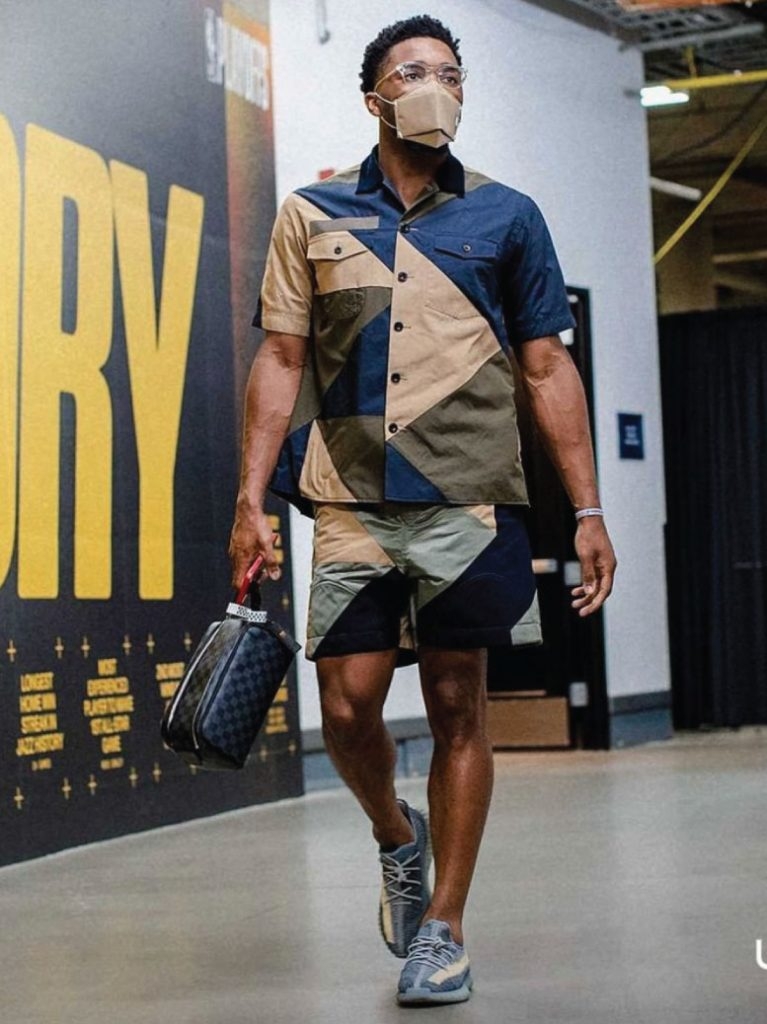 donovan-mitchell-arriving-in-sacai-for-game-1-vs-clippers-06-08-21