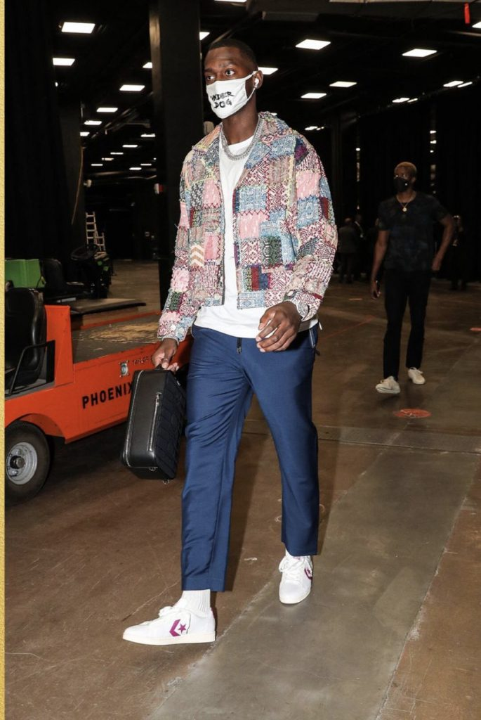 bobby-portis-nba-finals-game-5-style