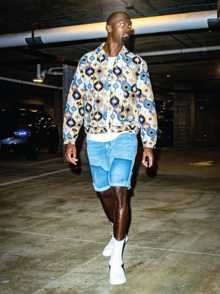 bobby-portis-arriving-ahead-of-game-3-07-11-21