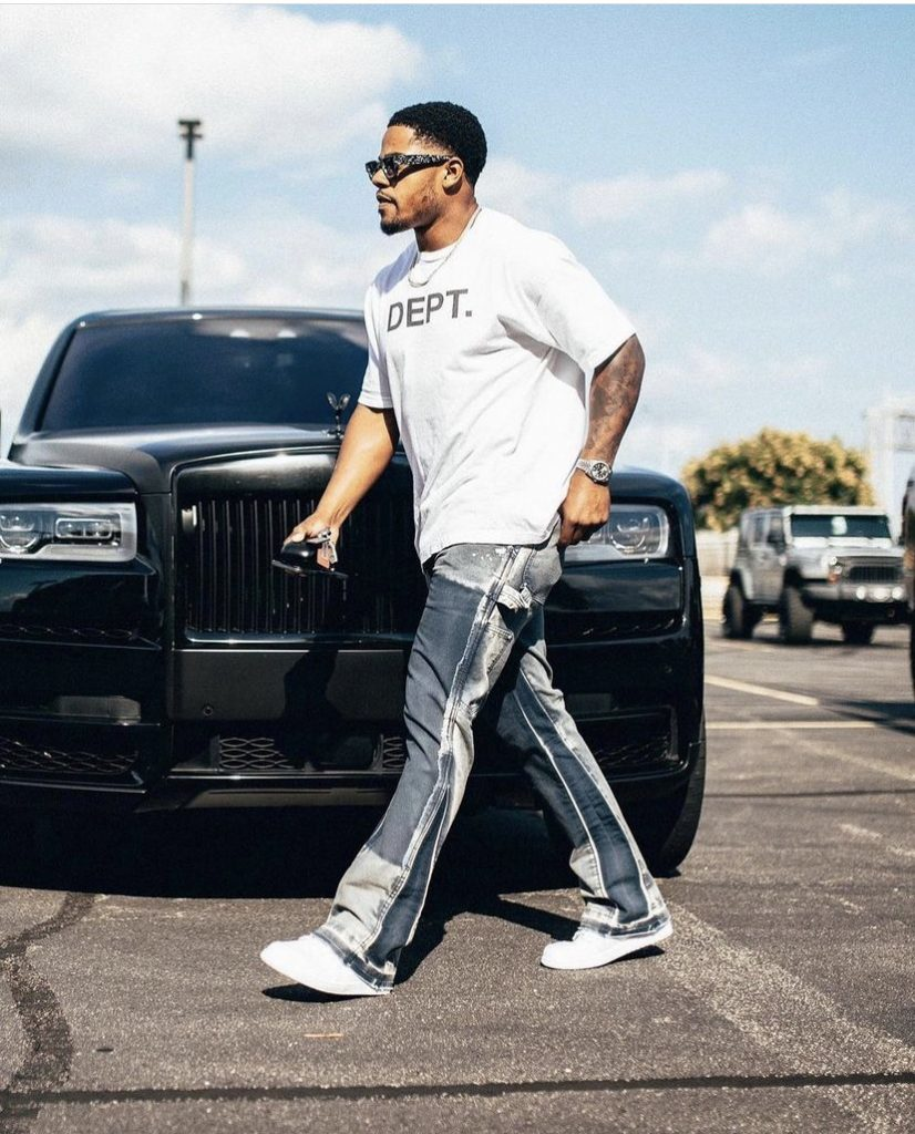 sterling-shepard-arriving-for-the-first-game-of-the-nfl-preseason