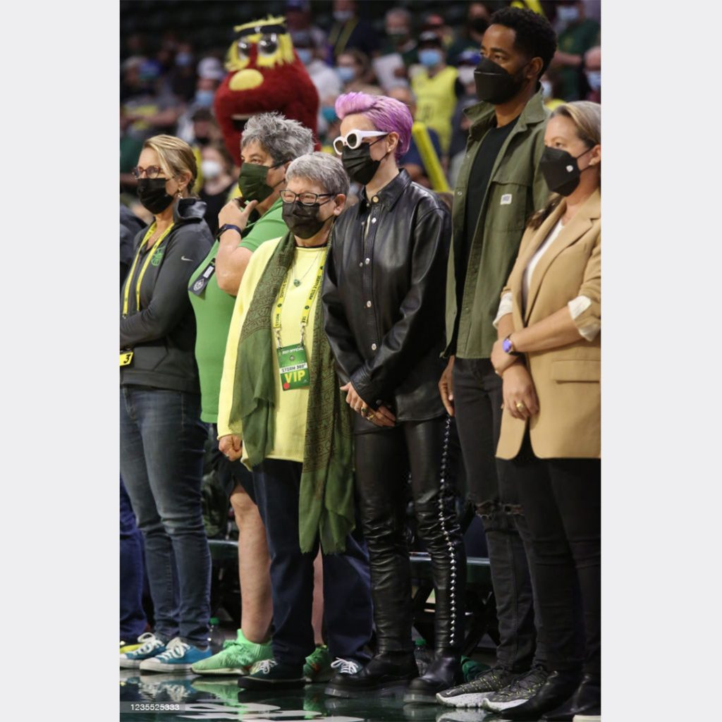 courtside-megan-is-back-for-the-wnba-playoffs