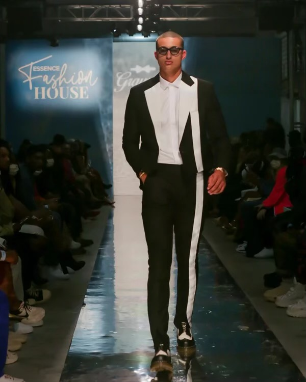kyle-kuzma-hit-the-runway-in-grayscale-for-the-first-time-at-nyfw